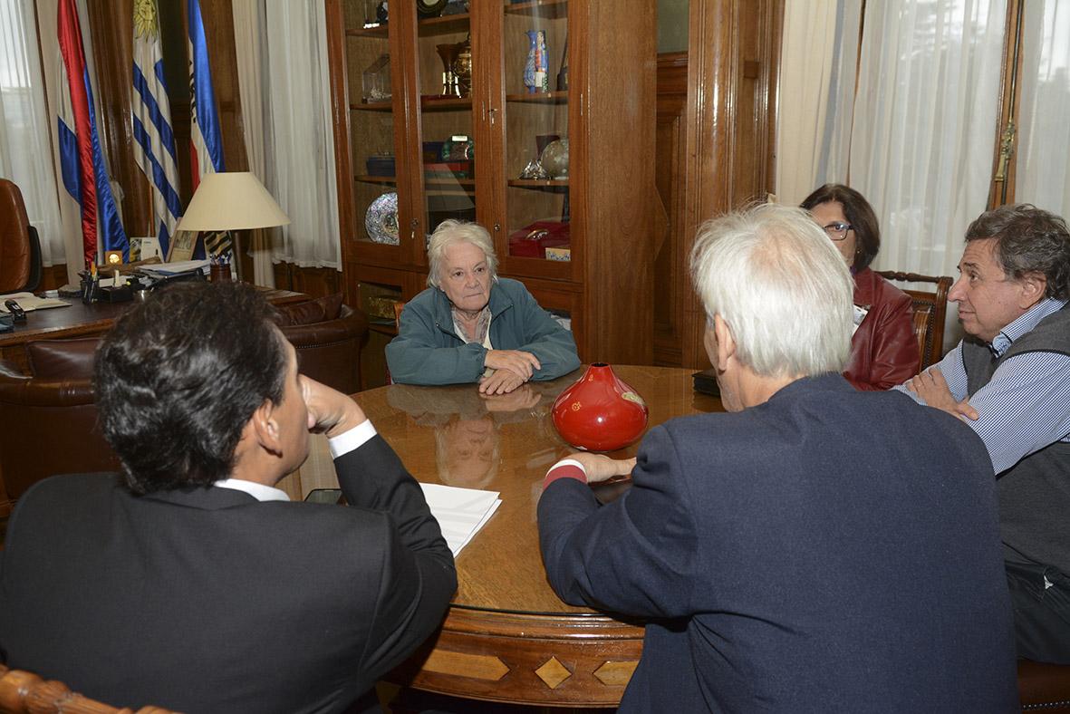 Reunión con Lucía Topolansky