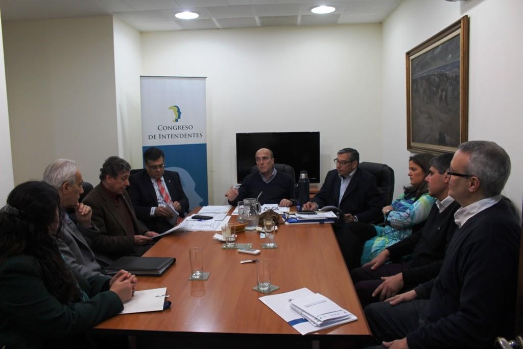 Mesa del congreso de intendentes normativa nacional de - Sociedad de arquitectos ...
